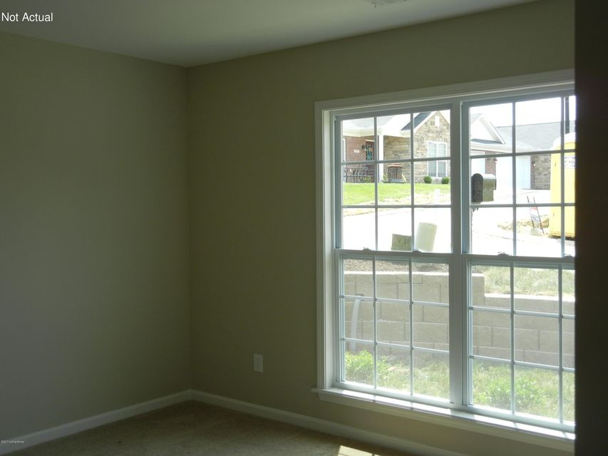 Additional photo for property listing at 640 Crum Court  Simpsonville, Kentucky 40067 United States
