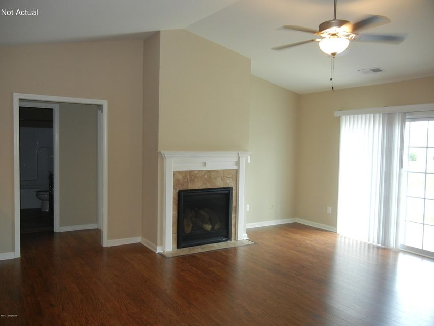 Additional photo for property listing at 644 Crum Court  Simpsonville, Kentucky 40067 United States