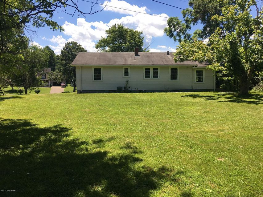 Additional photo for property listing at 259 E Oak Street  Lebanon Junction, Kentucky 40150 United States