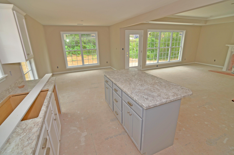 Additional photo for property listing at 607 Linde Way  La Grange, Kentucky 40031 United States