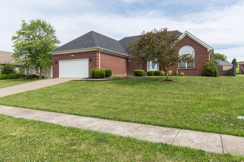 Additional photo for property listing at 36 Oakleaf Court  Taylorsville, Kentucky 40071 United States