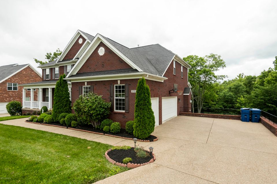Additional photo for property listing at 5703 Laurel Lane  Louisville, Kentucky 40059 United States