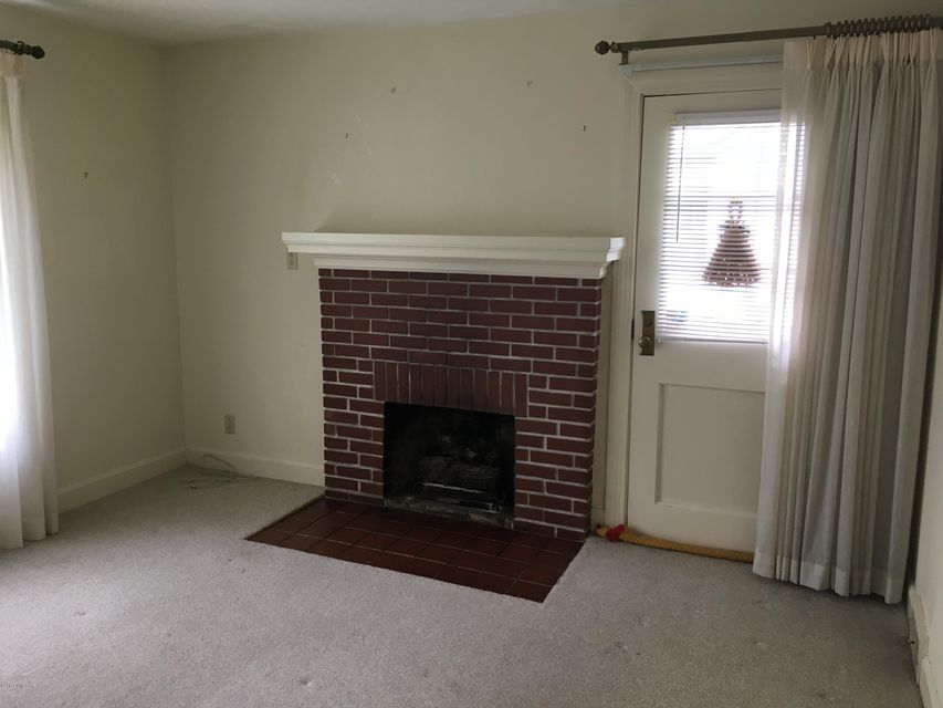 Additional photo for property listing at 10616 Park Avenue  Jeffersontown, Kentucky 40299 United States