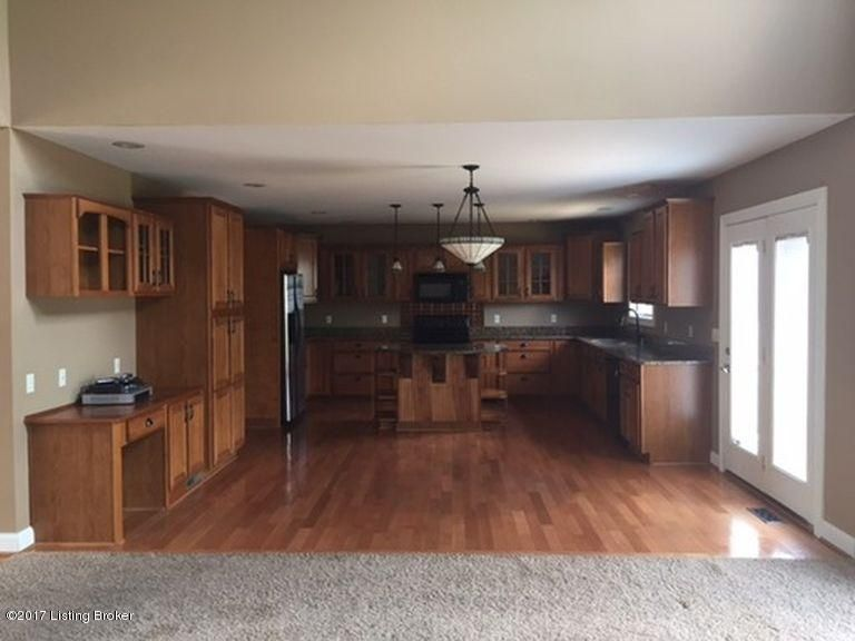 Additional photo for property listing at 17403 Polo Run Lane  Louisville, Kentucky 40245 United States