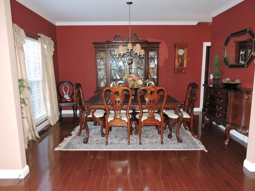Additional photo for property listing at 16707 Glen Lakes Drive 16707 Glen Lakes Drive Louisville, Kentucky 40245 United States