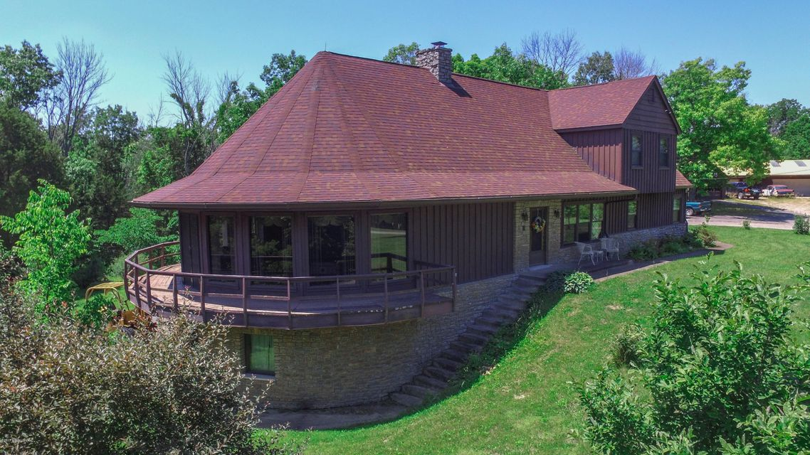 Additional photo for property listing at 1051 Maddox Lane  Lawrenceburg, Kentucky 40342 United States