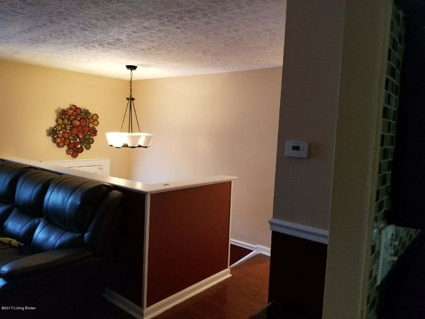 Additional photo for property listing at 10212 Nola Drive  Louisville, Kentucky 40118 United States