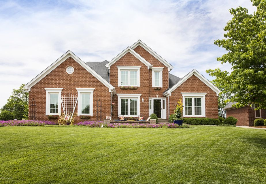 Single Family Home for Sale at 6127 Laurel Lane Prospect, Kentucky 40059 United States