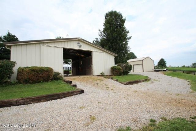 Additional photo for property listing at 966 Frankfort Road  Lawrenceburg, Kentucky 40342 United States