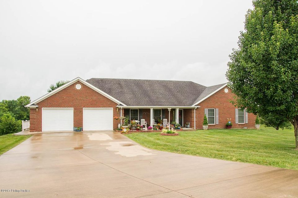Single Family Home for Sale at 1233 Fairway Drive Lawrenceburg, Kentucky 40342 United States