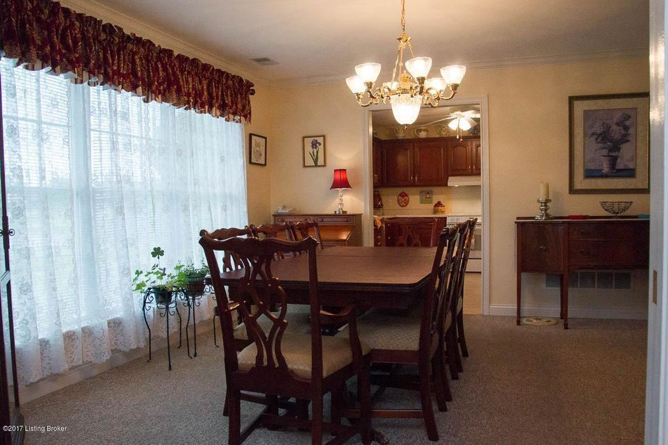 Additional photo for property listing at 1233 Fairway Drive 1233 Fairway Drive Lawrenceburg, Kentucky 40342 United States