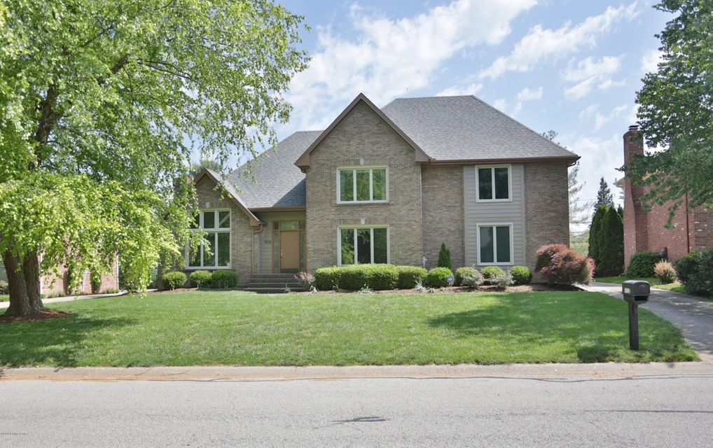 Single Family Home for Sale at 7412 Falls Ridge Court Louisville, Kentucky 40241 United States