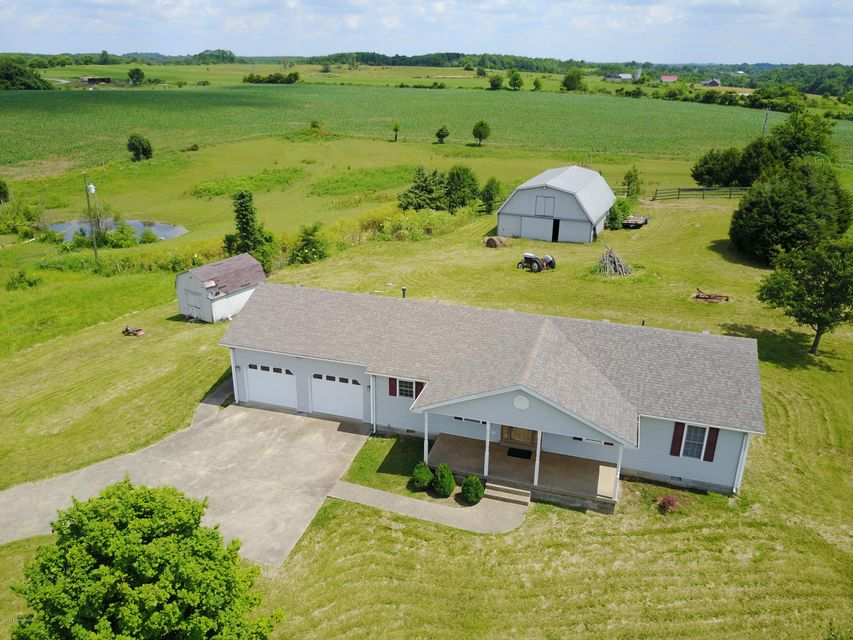 Farm / Ranch / Plantation for Sale at 3388 Holy Cross Road Loretto, Kentucky 40037 United States