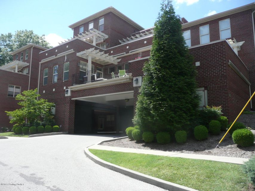 Condominium for Sale at 2001 Lancashire Avenue Louisville, Kentucky 40205 United States