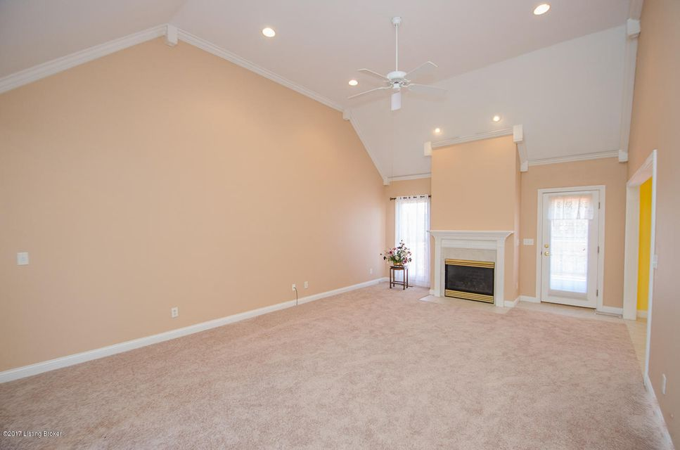 Additional photo for property listing at 11205 Sewell Drive  Louisville, Kentucky 40291 United States