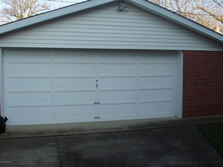 Additional photo for property listing at 505 Fairlawn Road 505 Fairlawn Road Louisville, Kentucky 40207 United States
