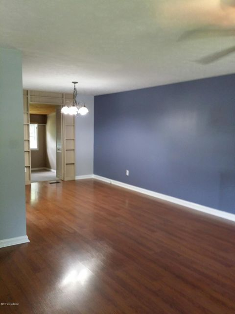 Additional photo for property listing at 4408 Culpepper Circle  Louisville, Kentucky 40241 United States