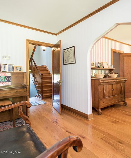 Additional photo for property listing at 3211 Oriole Drive  Louisville, Kentucky 40213 United States