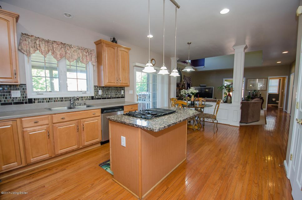 Additional photo for property listing at 4318 Tulip Grove Court  Louisville, Kentucky 40241 United States