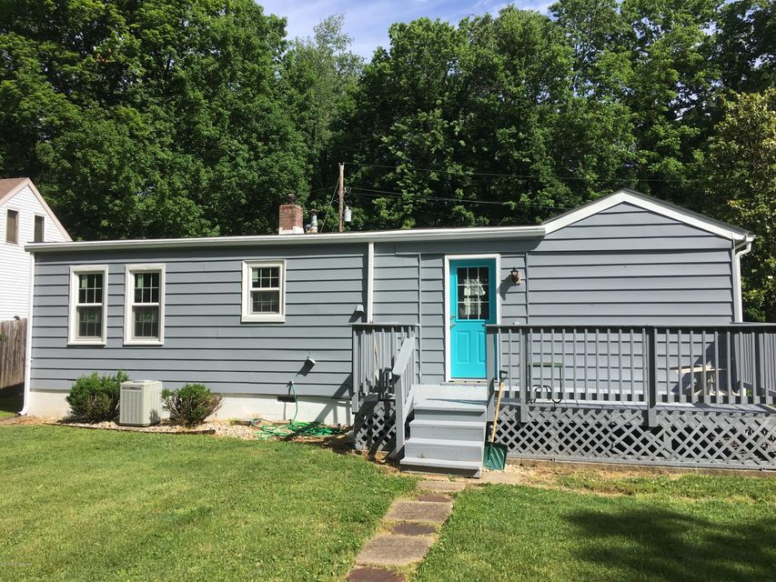 Additional photo for property listing at 11016 Booker Road  Louisville, Kentucky 40223 United States