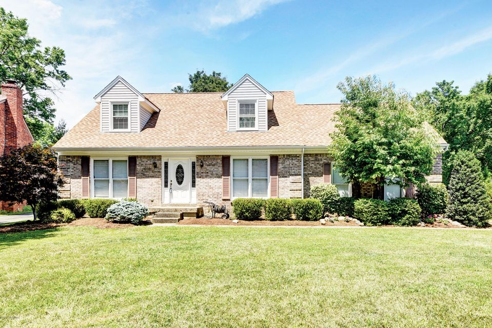 Additional photo for property listing at 11705 Cherry Point Circle  Louisville, Kentucky 40243 United States