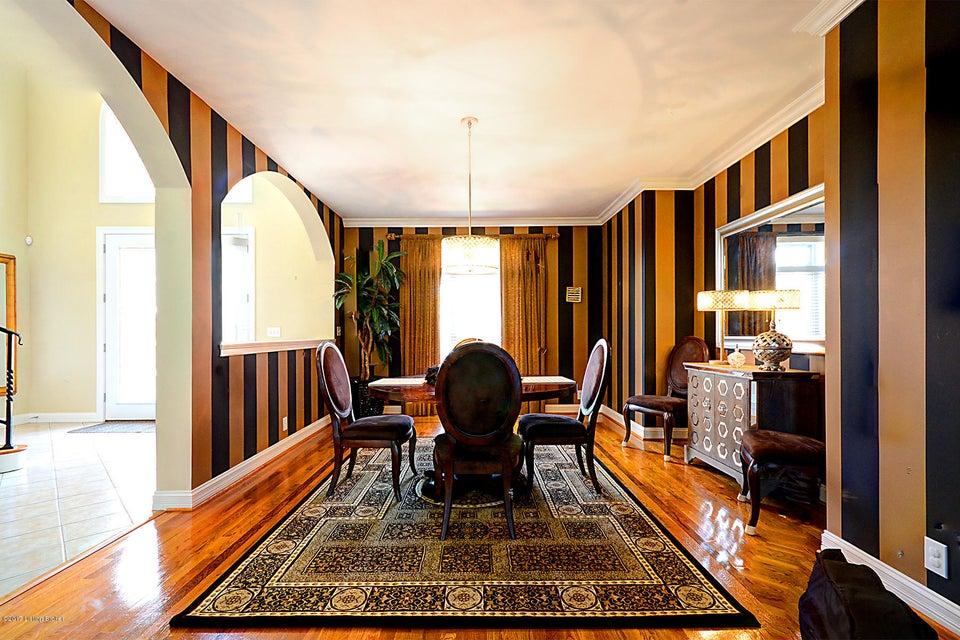 Additional photo for property listing at 10206 Worthington Lane  Louisville, Kentucky 40059 United States