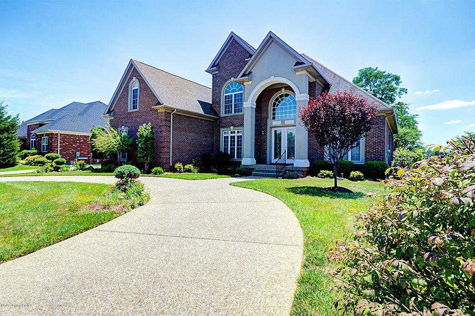 Single Family Home for Sale at 10206 Worthington Lane Louisville, Kentucky 40059 United States