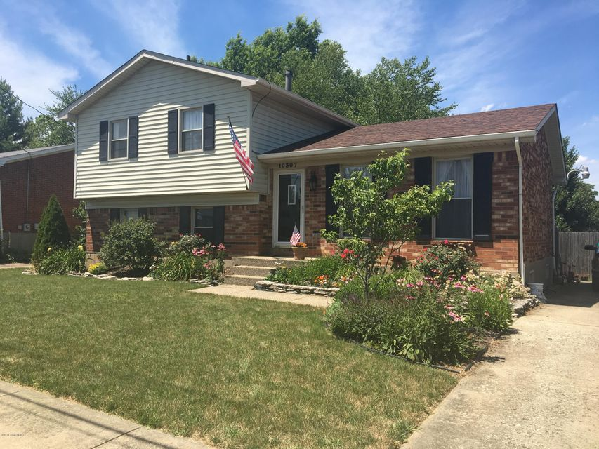 Single Family Home for Sale at 10307 Bayport Road Jeffersontown, Kentucky 40299 United States