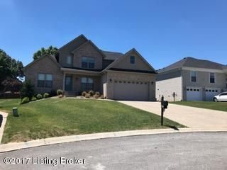 Additional photo for property listing at 7613 Parkcrest Way  Louisville, Kentucky 40214 United States