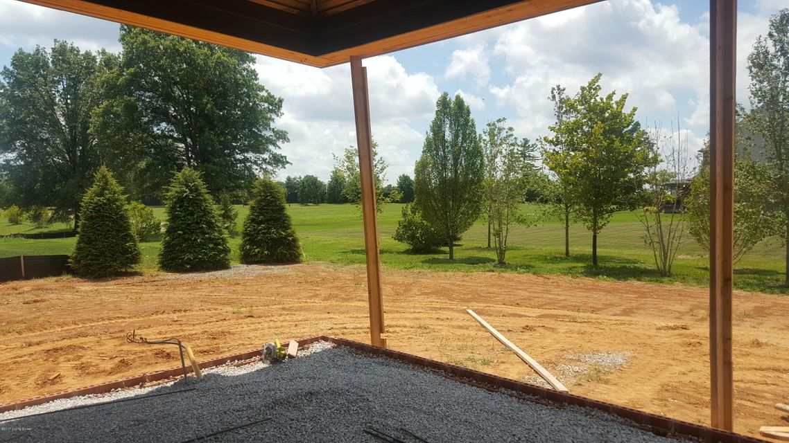 Additional photo for property listing at 5208 Spring Mist Court  Prospect, Kentucky 40059 United States
