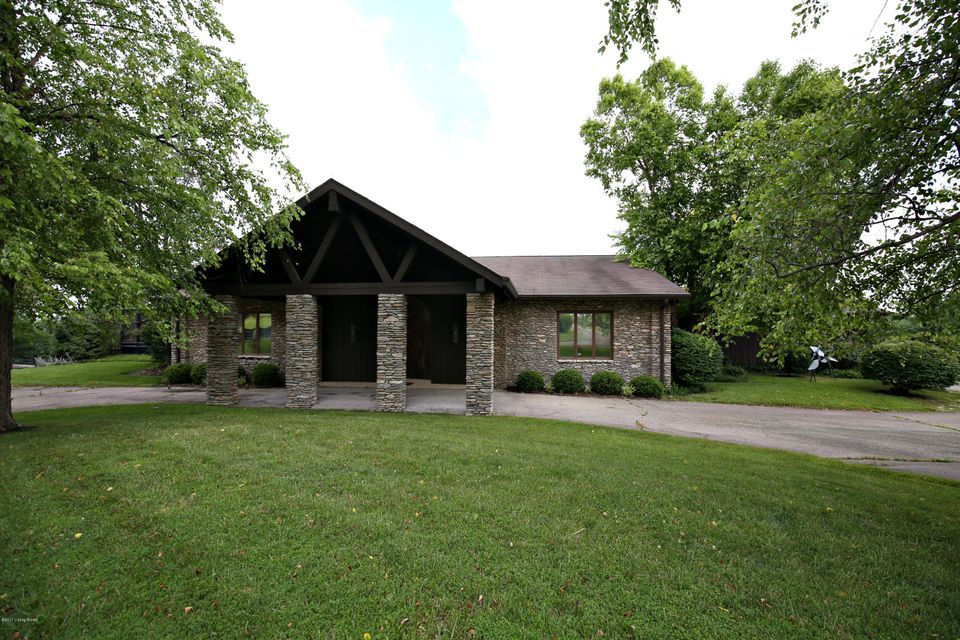 Additional photo for property listing at 6701 Shrader Lane 6701 Shrader Lane La Grange, Kentucky 40031 United States