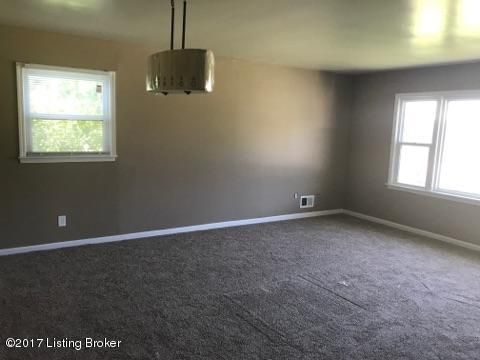 Additional photo for property listing at 4209 Belrad Drive 4209 Belrad Drive Louisville, Kentucky 40218 United States