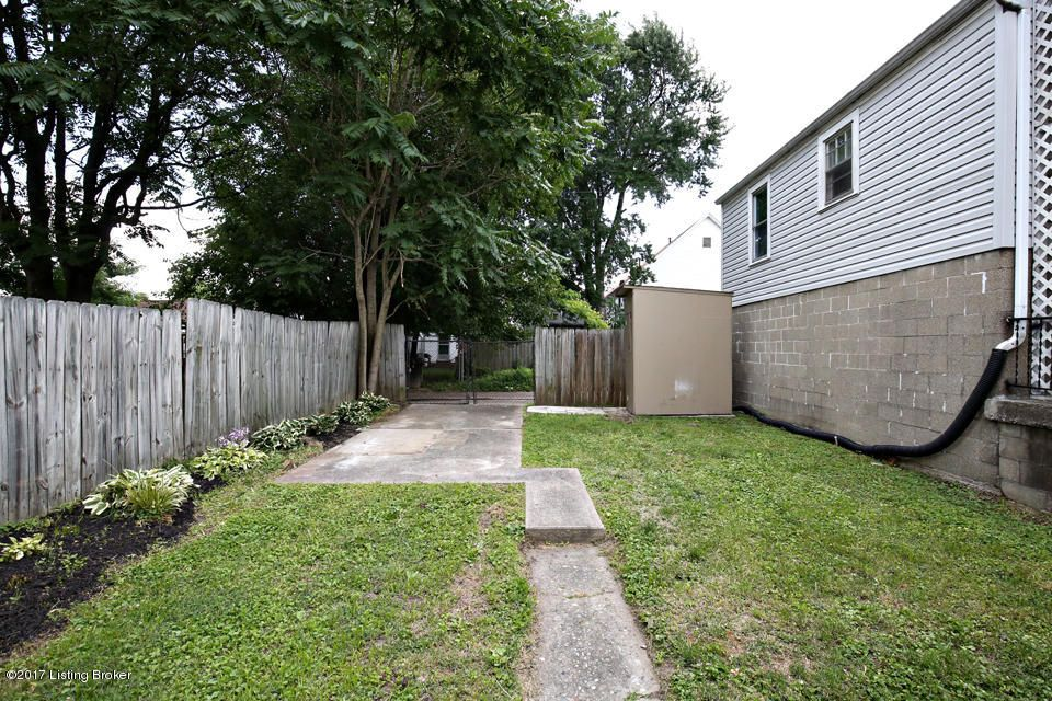 Additional photo for property listing at 648 LYNN Street  Louisville, Kentucky 40217 United States