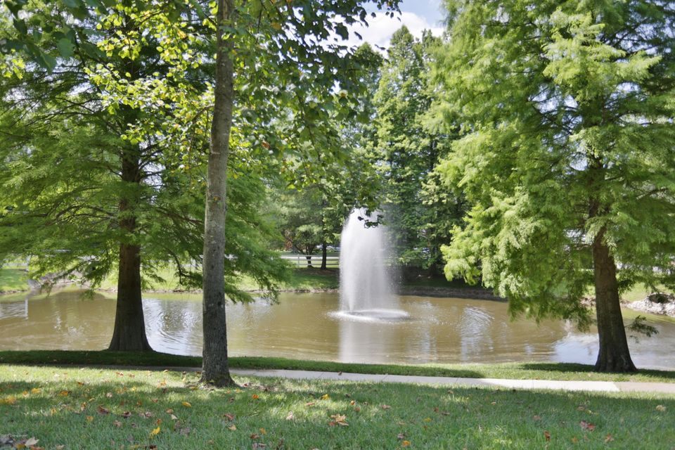 Additional photo for property listing at 3502 Bridgegate Court  Louisville, Kentucky 40272 United States