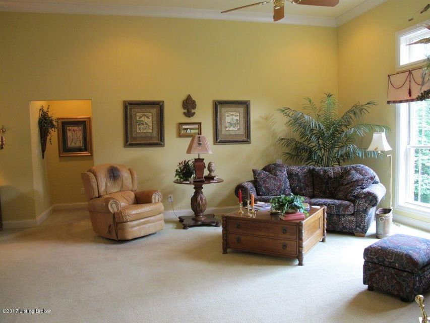 Additional photo for property listing at 333 Lanai Court  Louisville, Kentucky 40245 United States