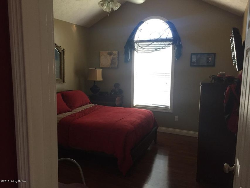 Additional photo for property listing at 101 Pacific Court  Coxs Creek, Kentucky 40013 United States
