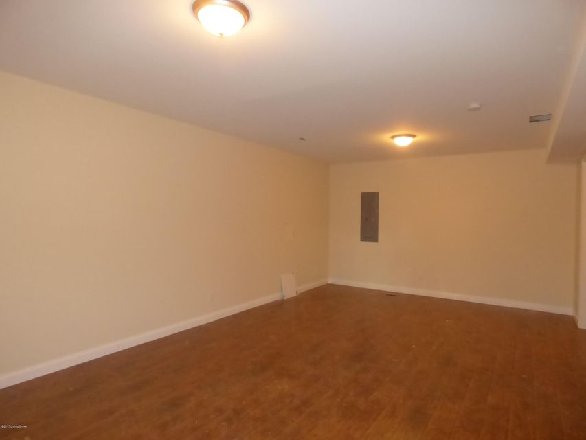 Additional photo for property listing at 151 Poplar Grove Court 151 Poplar Grove Court Mount Washington, Kentucky 40047 United States