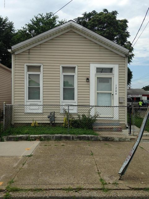 Single Family Home for Sale at 1204 Logan Street Louisville, Kentucky 40204 United States