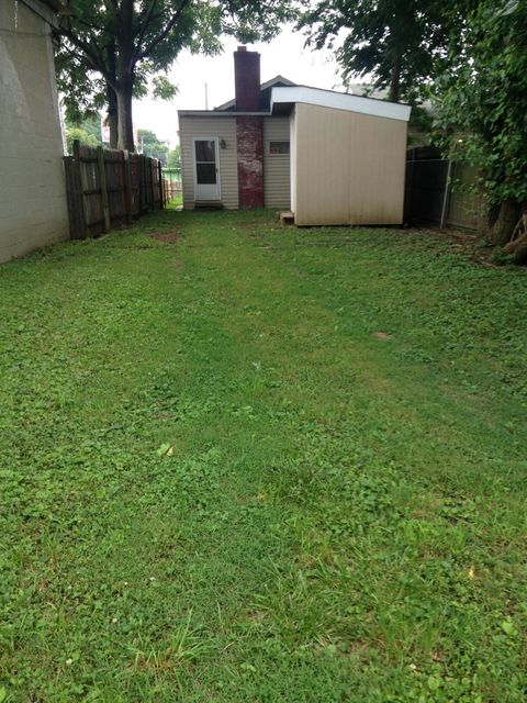 Additional photo for property listing at 1204 Logan Street  Louisville, Kentucky 40204 United States
