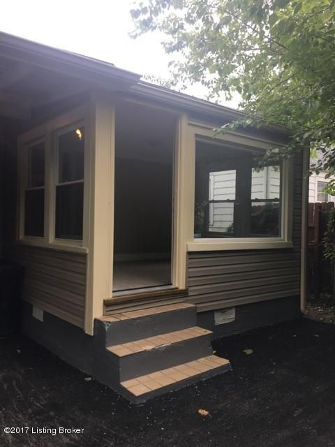 Additional photo for property listing at 1004 W Ashland Avenue  Louisville, Kentucky 40215 United States