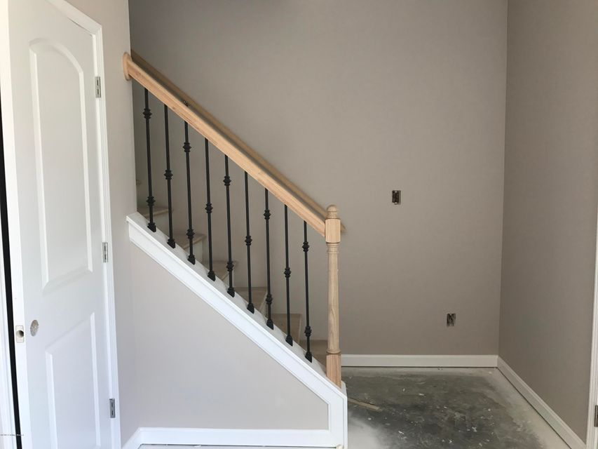 Additional photo for property listing at 9104 River Trail Drive  Louisville, Kentucky 40229 United States