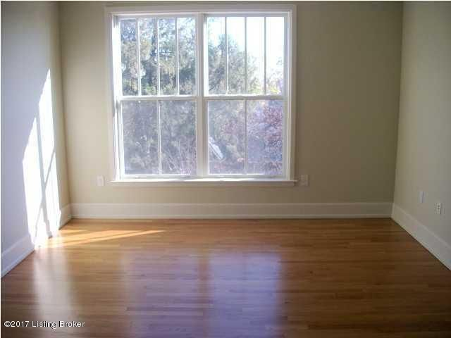 Additional photo for property listing at 1915 Wrocklage Avenue  Louisville, Kentucky 40205 United States