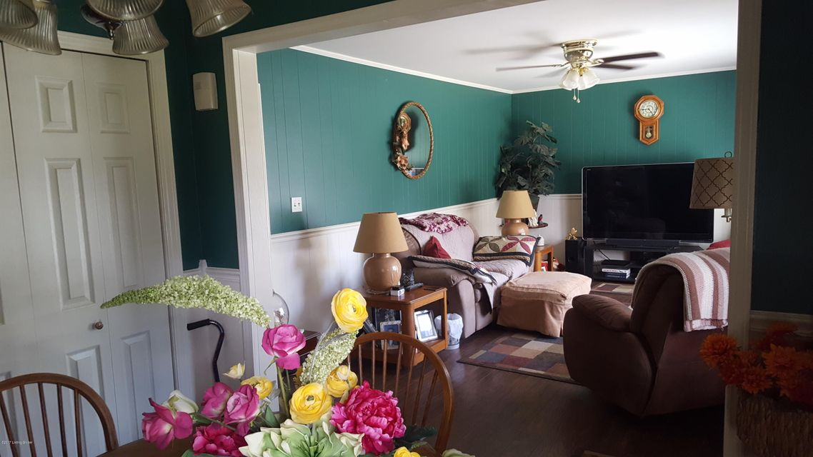 Additional photo for property listing at 1911 Taffeta Drive  Louisville, Kentucky 40272 United States