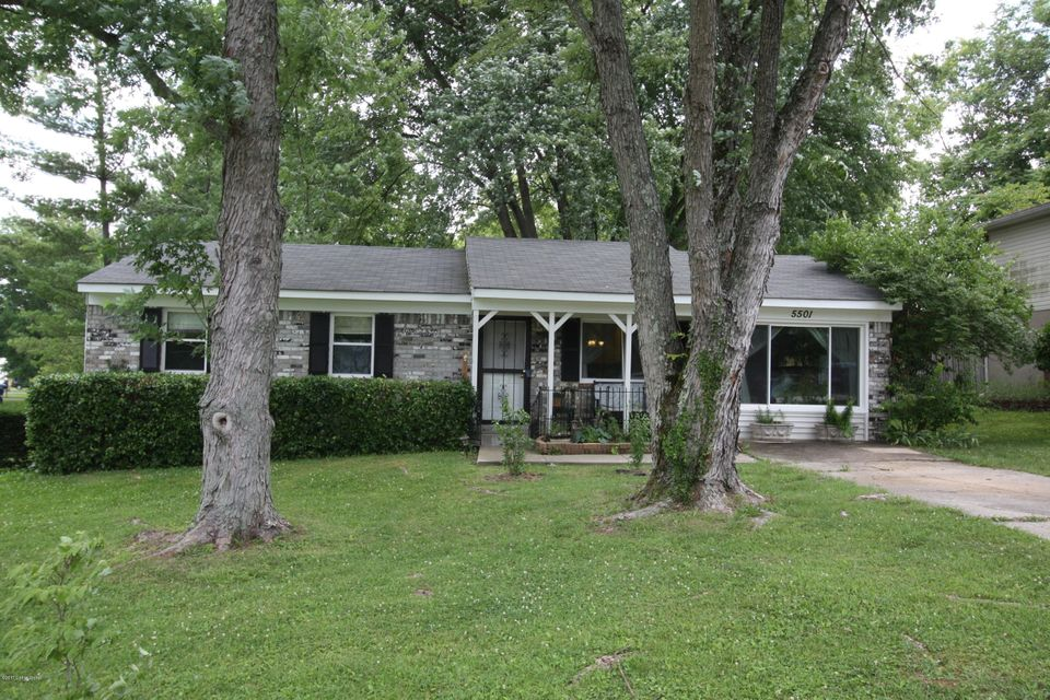 Single Family Home for Sale at 5501 Wearren Road Crestwood, Kentucky 40014 United States