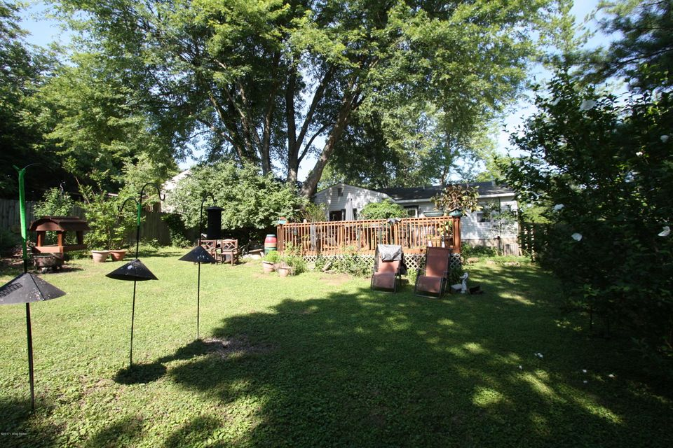 Additional photo for property listing at 5501 Wearren Road  Crestwood, Kentucky 40014 United States
