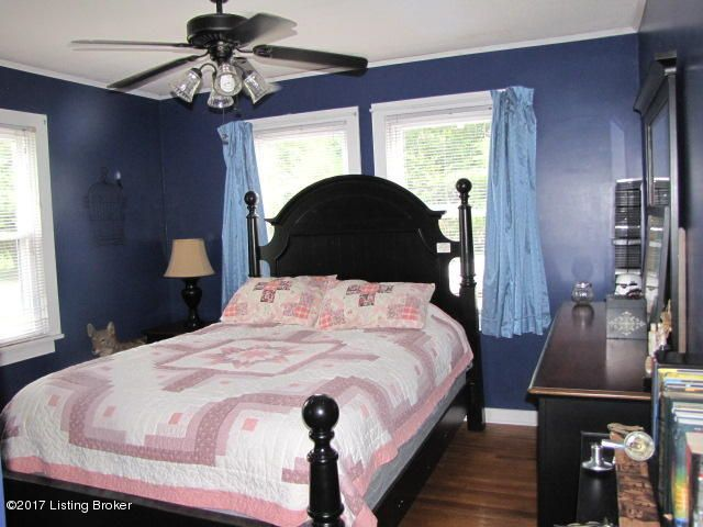 Additional photo for property listing at 315 Main Street  Simpsonville, Kentucky 40067 United States