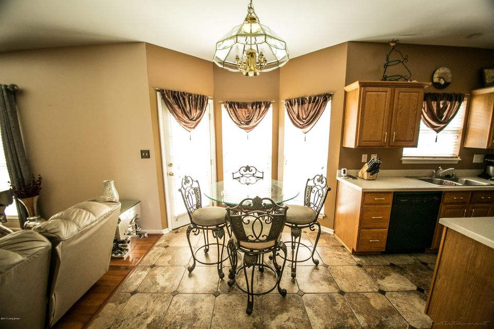 Additional photo for property listing at 106 Arlington Meadows Drive 106 Arlington Meadows Drive Louisville, Kentucky 40023 United States