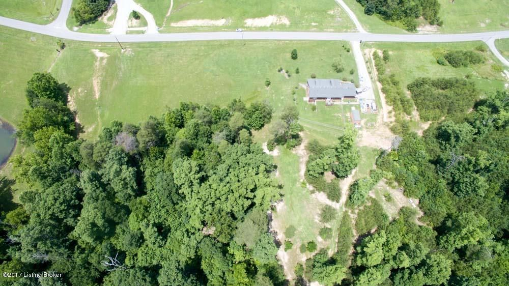 Additional photo for property listing at 395 Wilson Run Road 395 Wilson Run Road Lebanon Junction, Kentucky 40150 United States