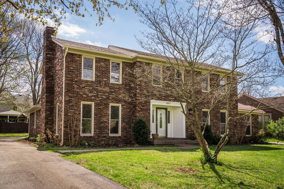 Single Family Home for Sale at 2011 Croghan House Drive Louisville, Kentucky 40207 United States