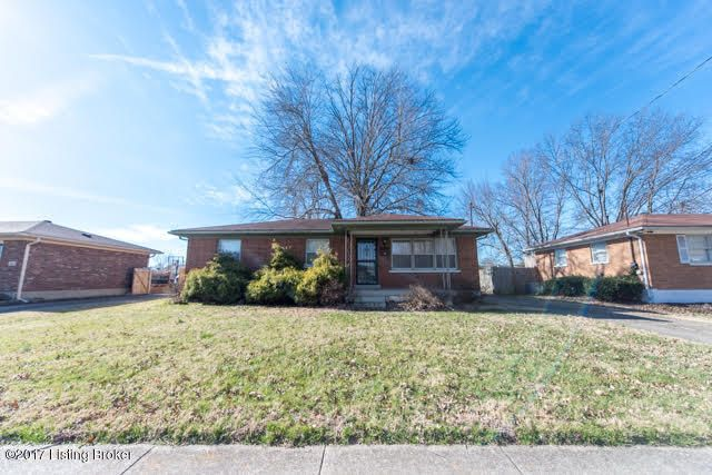 Single Family Home for Sale at 2700 Bagby Way Louisville, Kentucky 40216 United States